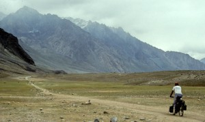 cycling pakistan shandur pass