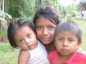 the nomadic family in the jungles of ecuador