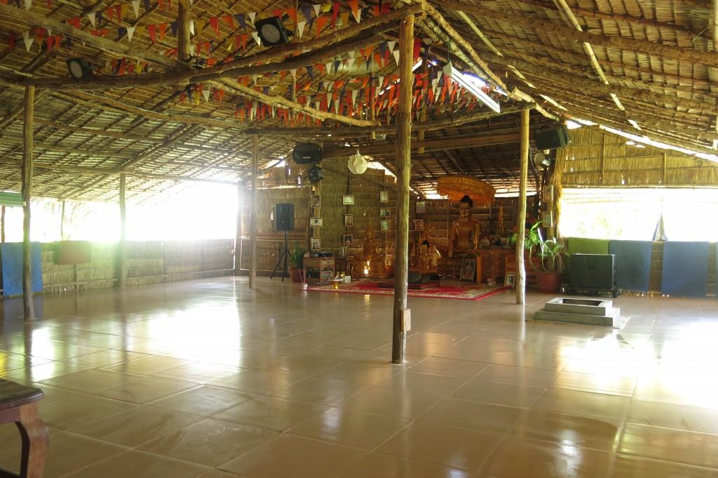 yoga hut 2