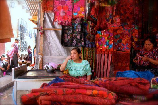 largest market central america chichicastenango
