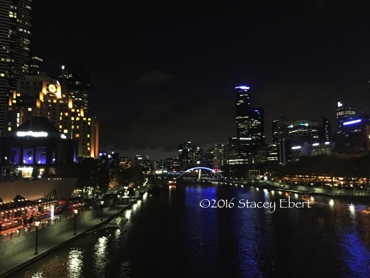 Melbourne at night - thegiftoftravel.wordpress.com
